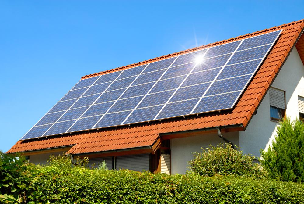 zonnepanelen op een huis